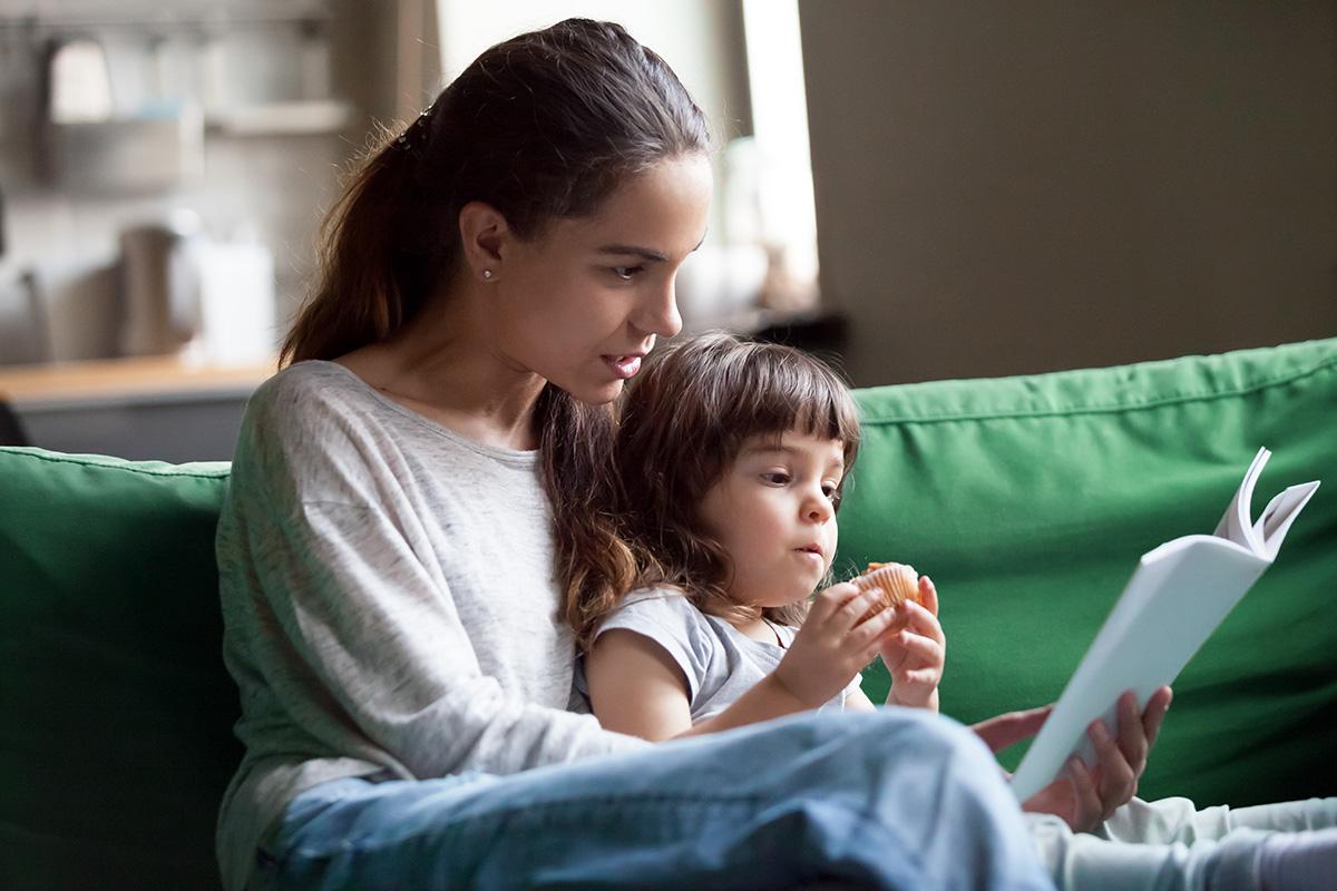 Pour les plus jeunes: les bienfaits de la lecture à haute voix